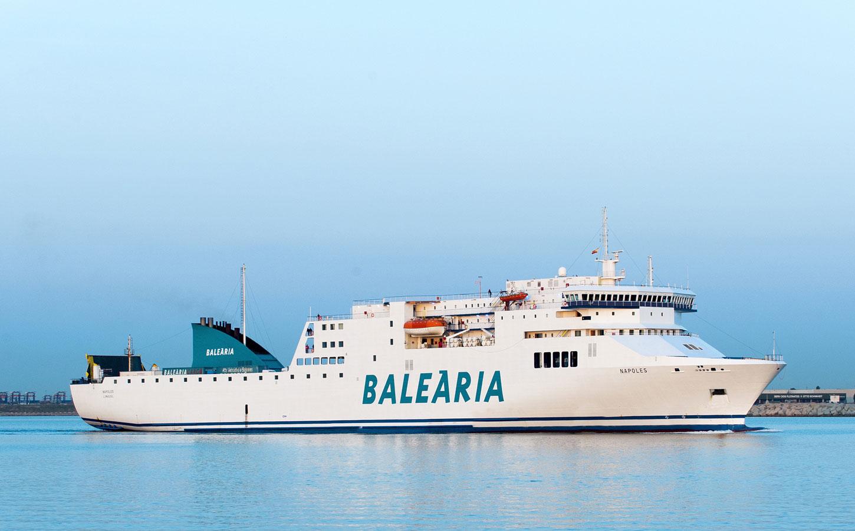Balearia Nápoles ferry