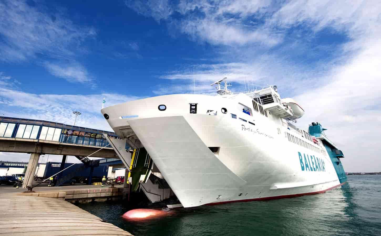 Balearia Passió per Formentera ferry