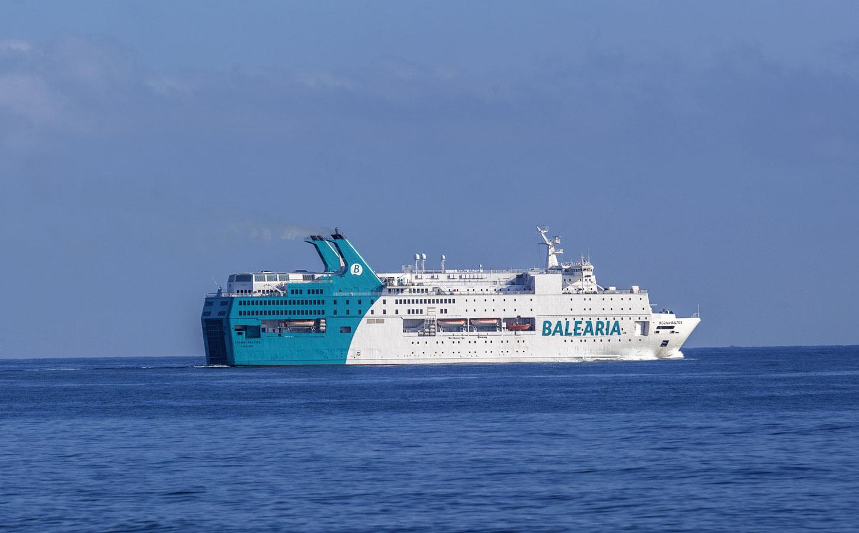 Balearia Regina Báltica ferry