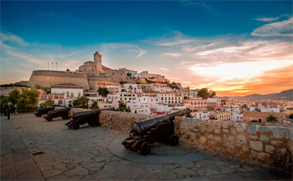Ferry más hotel Ibiza